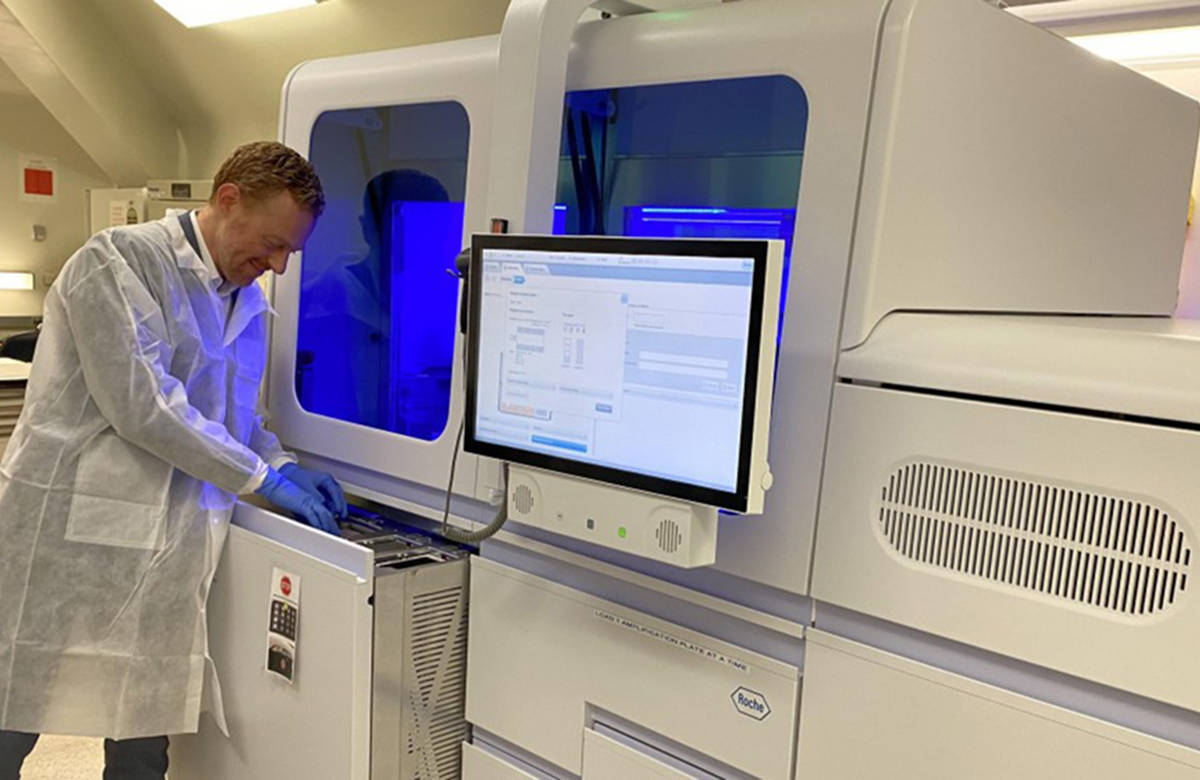 Video New Covid 19 Testing Machine Takes Load Off B C S Virologists And Labs Peace Arch News