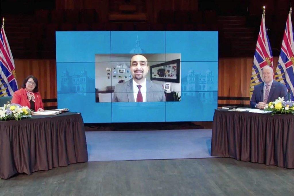23457584 web1 201126 NDR M Ravi Kahlon cabinet swearing in screen shot 1024x683.