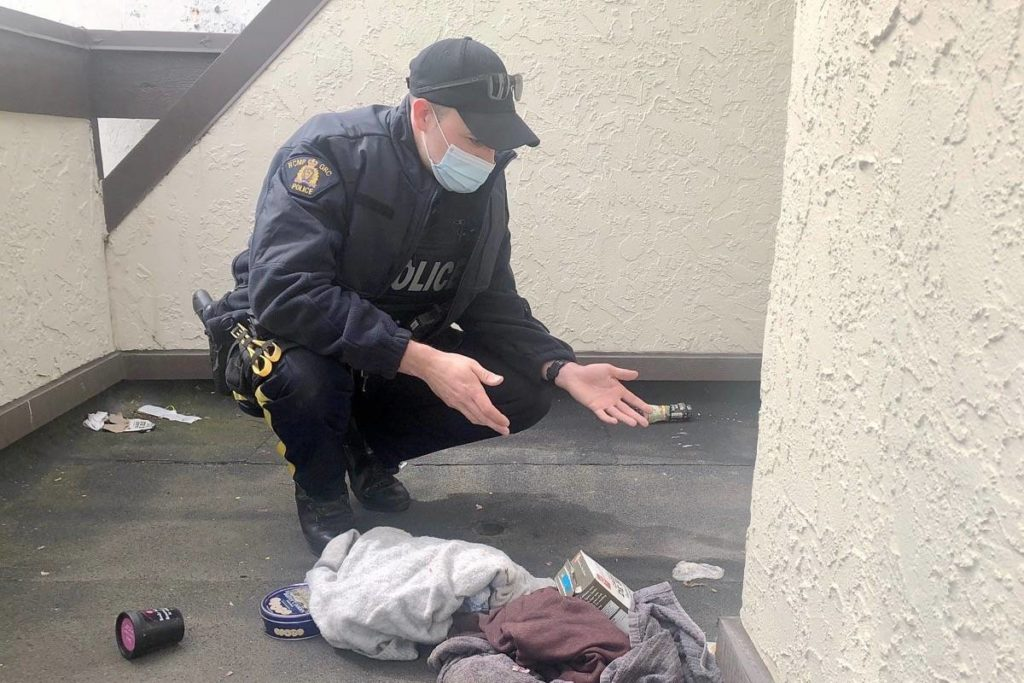 Majority of White Rock's homeless more connected to Surrey: RCMP report - Peace Arch News
